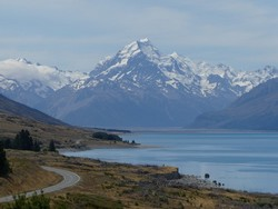 3015 Mount Cook